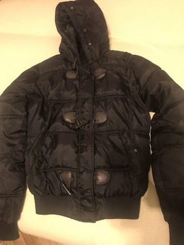 Zenska jakna Crne boje, velicina M - Novi Sad