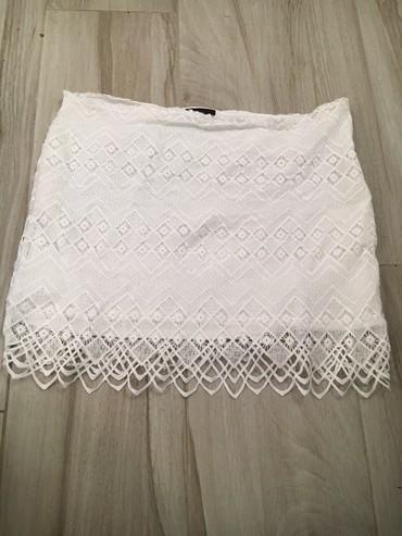 Duzina struk suknja - Srbija: Cipkana suknja vel.42 Duzina 48cm Struk 51cm Jednom obucena