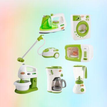 Игрушечная бытовая техника: пылесос, стиральная машин, -микроволновка