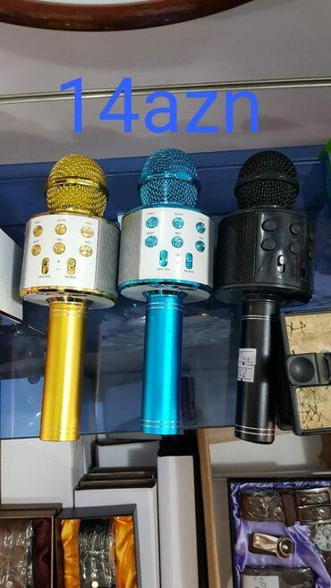 микрофон наушник в Азербайджан: Karaoki mikrafonlar zaryatka ile catdirilma pulsuz metroya