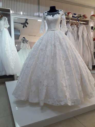 свадебное платье от веры вонг в Кыргызстан: Свадебные платья