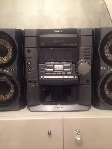 Sony m2 - Azərbaycan: SONY musiqi merkezi,ishlek veziyyetdedir.Coxdandi istifade