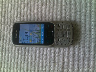 Nokia 6303ci silver, EXTRA stanje, odlicna, life timer 70:38Nokia