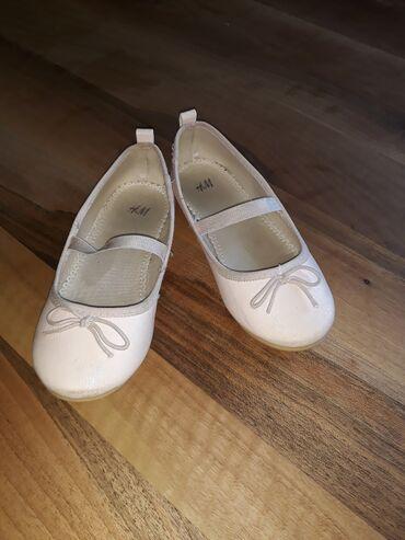 Dečije Cipele i Čizme - Ruma: Roze baletanke br 28. malo oguljene nije primetno kao na slici