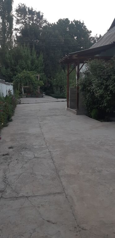 Недвижимость - Базар-Коргон: 5500 кв. м 5 комнат, Евроремонт, Кондиционер, Сарай