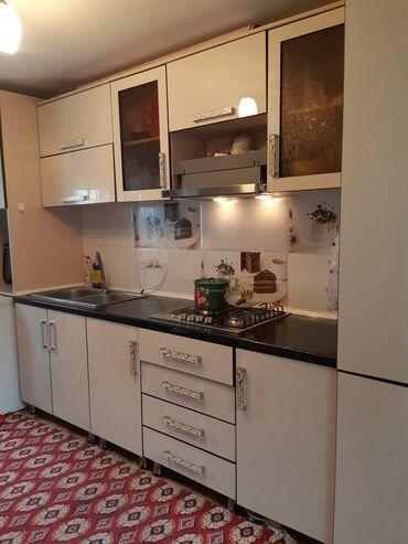 вытяжка для кухни бишкек цены в Кыргызстан: Сатылат б/у кухонный гарнитур 4 метр.Жасалган - турецкий