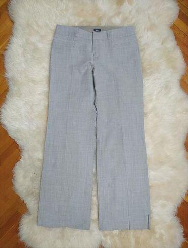 poslovne pantalone u Srbija: MEXX pantalone su kratko nošene, kao nove. Neutralna boja idealna za