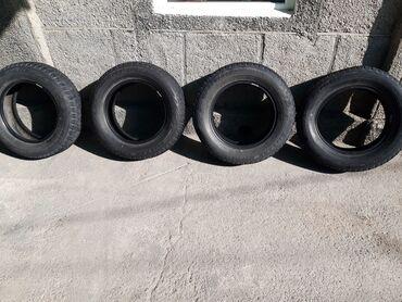 Шины и диски - Бишкек: Продаю четыре пары колеса зимние. 195/65/15. Bridgestone окончательно