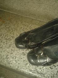 Ženska obuća | Cacak: Kozne cipele br. 37,peta srednje visine oko 5-6cm ocuvane udobne