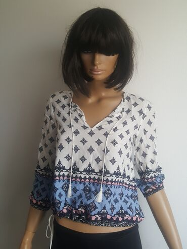 Ženska odeća   Jagodina: H&M 34 bluzica iz inostranstva kao nova