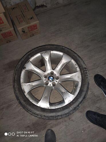 bmw m3 23 kat в Кыргызстан: Продаю Диск с шинами R20 на BMW X5 4.8i