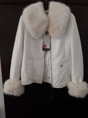 Jakna krzno - Sabac: Ps bela nova jakna velicina 38 sa krznom koje se skida,sirina ramena