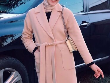 женский пальто в Кыргызстан: Срочно срочно срочно продаю!!!  Женское пальто « Турция» кашемир одела