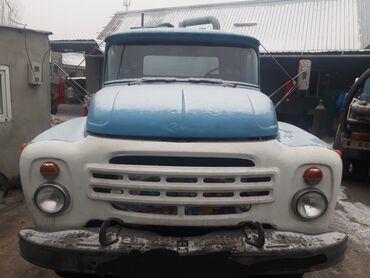 машина урал в Кыргызстан: Продаю зил асенизатор бочка объёмом 8 кубов мотор Урал, все силовые