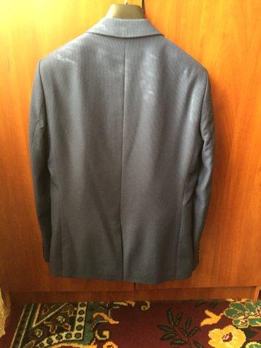 Продаю мужской костюм размер 48 синего в Бишкек