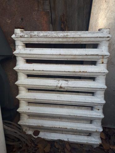Б/У чугунные батареи,радиаторы 350 сом/ секция 8 и 7секций в Бишкек
