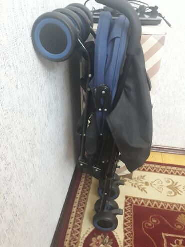 детская коляска - Azərbaycan: Usaq kolyeskasi. taza kimidi,Baqlanmasi acilmasi va dasinmasi