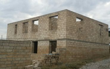 evlərin alqı-satqısı - Şamaxı: Satış Evlər : 600 kv. m, 4 otaqlı