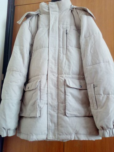 Perjana jakna vel 52-54. skoro nova. ramena 56, duzina 89, rukavi - Crvenka