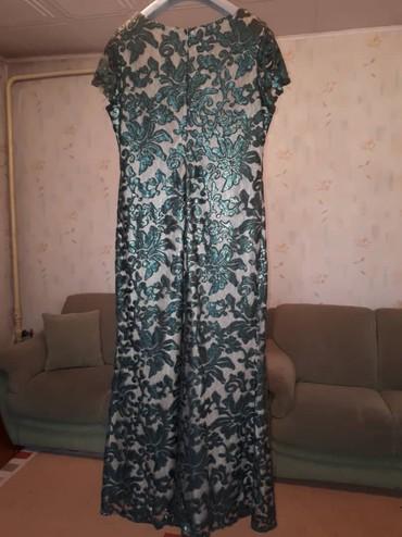 зеленое платье большого размера в Кыргызстан: Продаю платье турецкое(сам материал италия). Было одета всего один раз