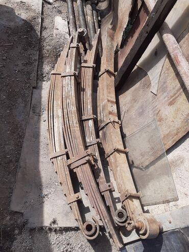 На строительный вагон рессоры балка с ступицами