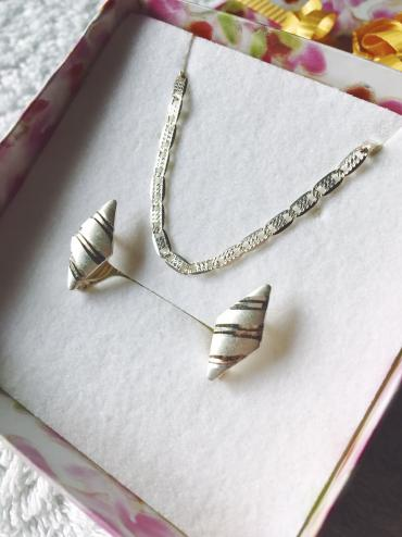 Novo mindjuse i ogrlica, srebro 925. Samo ogrlica 1500, mindjuse 600 d - Gornji Milanovac