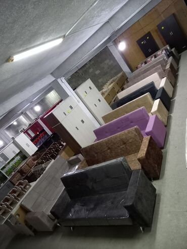 уголок для кухни в Кыргызстан: Диваны новые 8000, диван кровать,диван раскладной