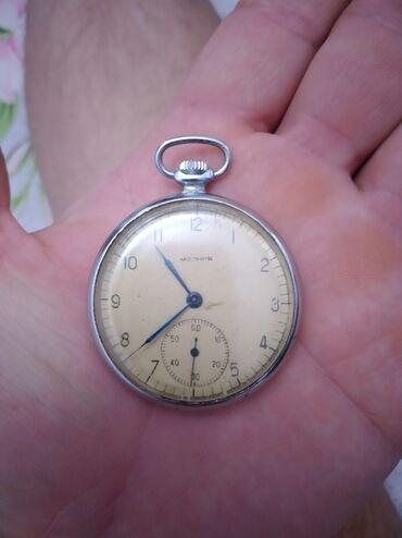 Спорт и хобби - Кировское: Продаю старинные часы