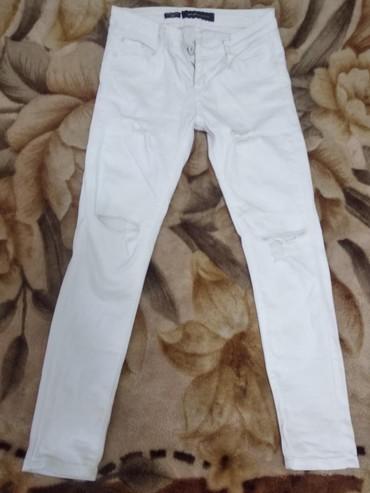 джинсы рваные в Кыргызстан: Продаю белые рваные джинсы. Miss Sixty, б/у, в отличном состоянии