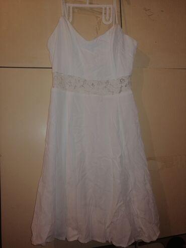 Svasta haljina - Srbija: Elegantna haljina belaa bez ikakvog traga nosenja menjam za svasta