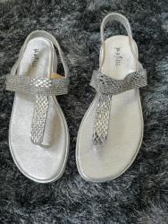 Ženska obuća | Cacak: Sandalice nove broj 39