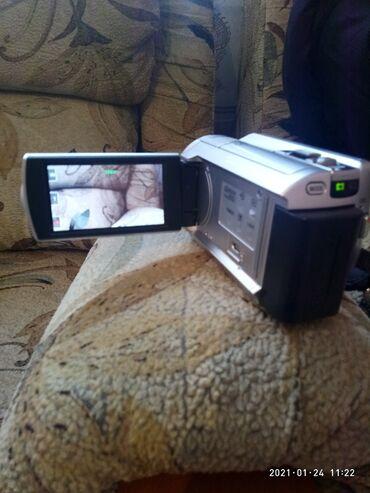 Шпионская видеокамера - Кыргызстан: Продаю цифровую видеокамеру DCR - SR88E. 60Х Optikal Zoom. 120GB