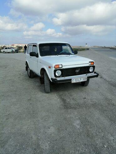niva tekeri satilir - Azərbaycan: VAZ (LADA) 4x4 Niva 1.7 l. 1999