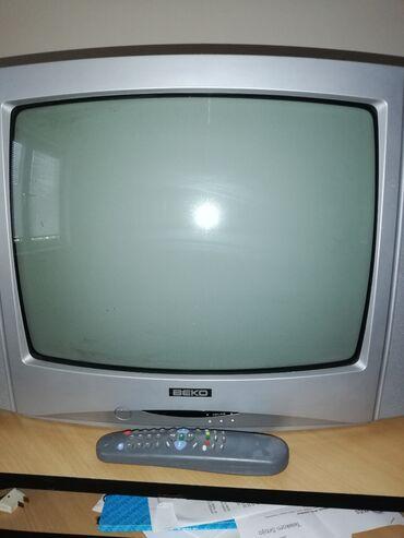 Ispravan televizor marke beko, sandučar, u boji, sa daljinskim