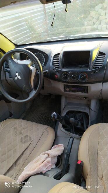 Mitsubishi L200 2.5 l. 2011 | 10500 km