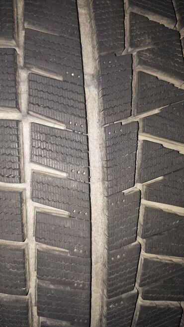 Зимняя резина бриджстоун близак липучки япония 215 / 60 / r16