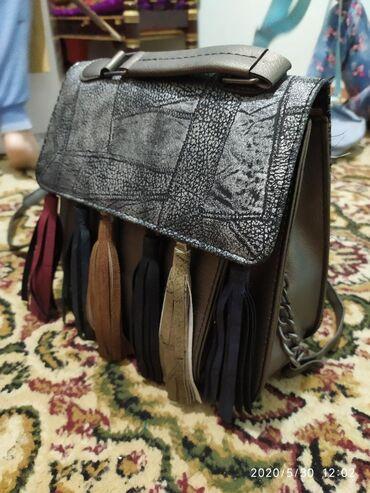 Сумки в Лебединовка: Продаю сумки,фото в моей странице.на фото сумка 500 сом
