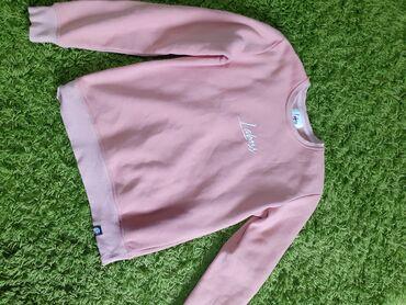 Prelepa roze dukserica, ocuvana, velicina L, materijal pamuk