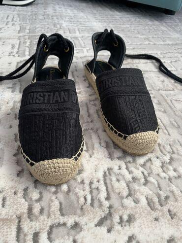 Личные вещи - Кой-Таш: Сандали от Christian Dior Размер 38 Идеально подходит для всех образов