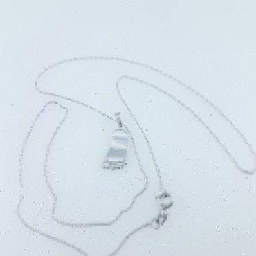 """Цепь с подвеской """"ножки младенца """" длина 45см белое золото 585проба в Бишкек"""