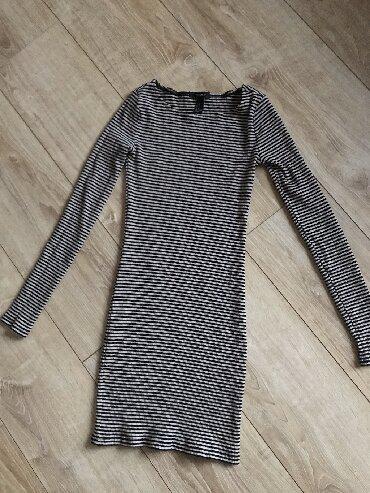 Majica-forever - Srbija: Rastegljiva uz telo M velicine haljina brenda forever 21