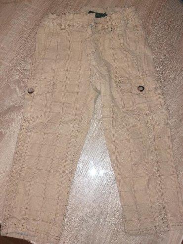 Farmeke-broj - Srbija: Svetlo braon oker, karirane pantalone HM, za uzrast 12-18 meseci