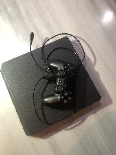 Used PS4 500GB with controller and all wires (PS4 power wire+controlle