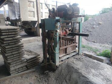Транспорт - Гавриловка: Продаю пескоблочный станок в хорошем состоянии, в комплекте 40 поддона