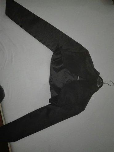 Crni-plisani-bolero - Srbija: Crni kratki bolero s velicina