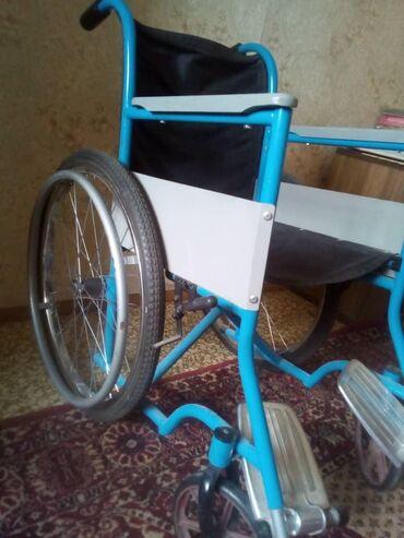 Инвалидные коляски - Кыргызстан: Продается инвалидная коляска в хорошем состоянии. 8000 цена. В городе