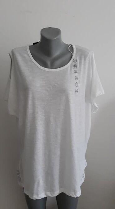 Majica Janina 46 Nova cena 800 pamuk, cipka je poliester sirina ramena