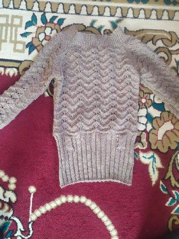 Женская одежда в Сокулук: Продаю турецкий вязанный свитер в отличном состоянии