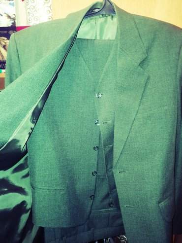 продаю новый костюм тройка. размер 46-48. не подошёл размер. производс в Бишкек