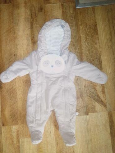 Dečija odeća i obuća - Despotovac: Kao nov skafander za bebicu velicina 56-68 samo 500 din